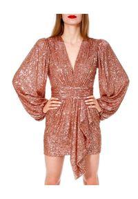 AGGI - Sukienka mini z cekinami. Okazja: na imprezę, na karnawał. Typ kołnierza: dekolt kopertowy. Kolor: różowy, wielokolorowy, fioletowy. Typ sukienki: kopertowe. Długość: mini