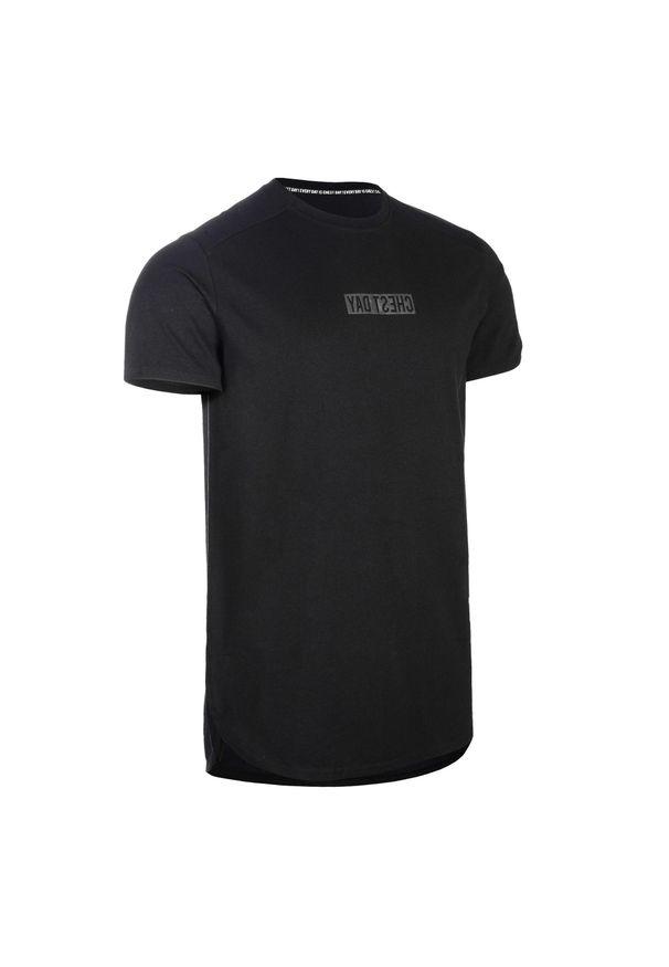 DOMYOS - Koszulka CHEST DAY do treningu siłowego. Materiał: materiał, elastan. Długość: długie. Styl: klasyczny