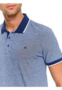 Niebieski t-shirt TOP SECRET krótki, klasyczny, z haftami