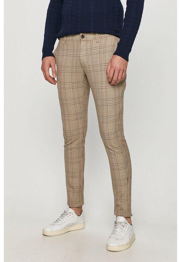 Only & Sons - Spodnie. Okazja: na co dzień. Kolor: beżowy. Materiał: tkanina. Styl: casual