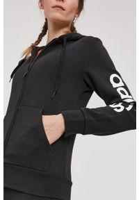 Czarna bluza rozpinana Adidas z nadrukiem, z kapturem, casualowa