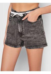 Calvin Klein Jeans Szorty jeansowe J20J216307 Szary Regular Fit. Kolor: szary