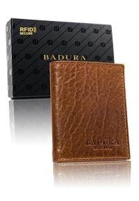 Portfel cienkie etui camel Badura PO_M056ZI_CE. Materiał: skóra