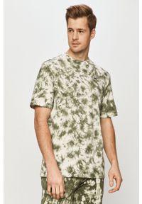 Russell Athletic - T-shirt. Okazja: na co dzień. Kolor: zielony. Materiał: dzianina. Styl: casual