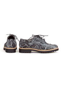 Czarne półbuty Zapato na lato, w kolorowe wzory