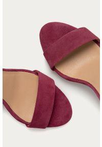 Fioletowe sandały Wojas gładkie, na obcasie