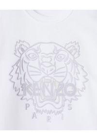 Kenzo - KENZO - Biała bluza z tygrysem. Kolor: biały. Materiał: bawełna. Długość rękawa: długi rękaw. Długość: długie. Wzór: haft. Styl: klasyczny
