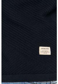 Niebieski sweter Jack & Jones z kapturem, casualowy, długi