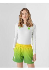 4f - Longsleeve funkcyjny damski Litwa - Tokio 2020. Kolor: biały. Materiał: bawełna, dzianina, materiał. Długość rękawa: długi rękaw. Długość: długie. Wzór: nadruk. Sezon: lato. Sport: fitness