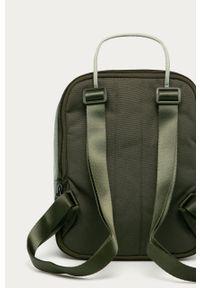 Zielony plecak Nike Sportswear
