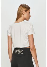 Biała bluzka LABELLAMAFIA z nadrukiem, casualowa, na co dzień