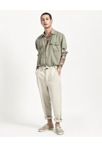ONETEASPOON - Spodnie Chino Safari Relaxed. Okazja: na co dzień. Kolor: beżowy. Materiał: tkanina, len. Sezon: lato. Styl: elegancki, casual