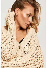 Beżowy sweter rozpinany Answear Lab raglanowy rękaw, wakacyjny, w ażurowe wzory