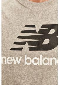New Balance - T-shirt. Okazja: na co dzień. Kolor: szary. Materiał: dzianina. Wzór: nadruk. Styl: casual