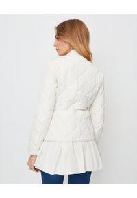 MONCLER - Kurtka Clara. Kolor: biały. Materiał: poliester, materiał. Styl: elegancki, klasyczny
