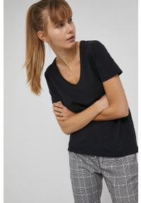 medicine - Medicine - T-shirt Basic. Kolor: czarny. Materiał: bawełna, dzianina. Wzór: gładki