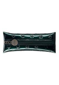 Wittchen - Etui na klucze ze skóry lakierowanej z monogramem. Kolor: zielony. Materiał: skóra, lakier. Wzór: aplikacja