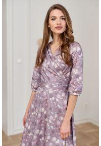 Marie Zélie - Sukienka Duilin Pellucida beżowa. Kolor: beżowy. Materiał: bawełna, satyna, skóra, materiał. Typ sukienki: kopertowe. Styl: klasyczny