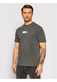 Tommy Jeans T-Shirt tjm Tonal Flag DM0DM10237 Szary Regular Fit. Kolor: szary