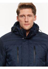 Niebieska kurtka TOP SECRET z kapturem, elegancka, w kolorowe wzory