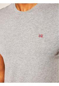Napapijri T-Shirt Salis C Ss NP0A4EW8 Szary Regular Fit. Kolor: szary