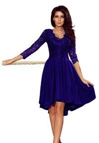 Numoco - Wieczorowa Asymetryczna Sukienka z Koronką - Chabrowa. Kolor: niebieski. Materiał: koronka. Wzór: koronka. Typ sukienki: asymetryczne. Styl: wizytowy