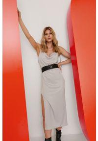 Srebrna sukienka Answear Lab ze splotem, z dekoltem w łódkę, midi