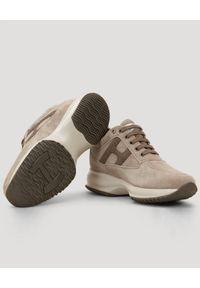 Hogan - HOGAN - Szare sneakersy Interactive. Nosek buta: okrągły. Kolor: szary. Materiał: jeans, guma, zamsz
