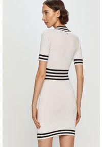 Biała sukienka Silvian Heach mini, klasyczna, na co dzień