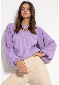 Fioletowy sweter Fobya w prążki
