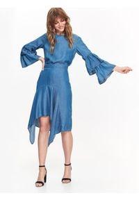 TOP SECRET - Bluzka damska z falbanami przy rękawach. Okazja: na co dzień. Kolor: niebieski. Materiał: denim. Długość rękawa: krótki rękaw. Długość: długie. Sezon: zima, jesień. Styl: elegancki, casual