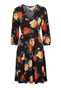Czarna sukienka Happy Holly z dekoltem w serek