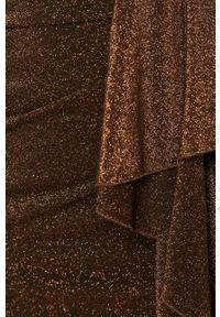 Liu Jo - Sukienka. Kolor: brązowy. Materiał: dzianina, materiał. Długość rękawa: długi rękaw. Typ sukienki: dopasowane