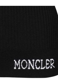 MONCLER - Czarny sweter z golfem. Typ kołnierza: golf. Kolor: czarny. Materiał: wełna, prążkowany. Wzór: nadruk