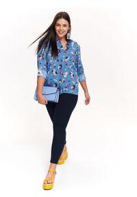 TOP SECRET - Koszula w kwiaty. Okazja: na co dzień. Kolor: niebieski. Materiał: tkanina. Długość rękawa: krótki rękaw. Długość: długie. Wzór: kwiaty. Sezon: wiosna, lato. Styl: casual