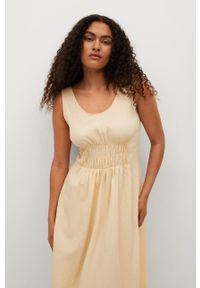 mango - Mango - Sukienka bawełniana CREAM. Kolor: beżowy. Materiał: bawełna. Długość rękawa: na ramiączkach. Typ sukienki: rozkloszowane
