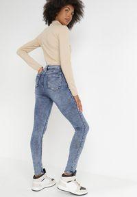 Born2be - Niebieskie Jeansy Skinny Ahor. Kolor: niebieski. Długość: długie #4