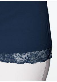 Niebieska bluzka bonprix w koronkowe wzory, z dekoltem woda