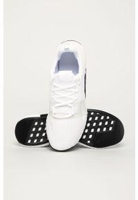Białe buty sportowe Reebok na sznurówki, z cholewką, z okrągłym noskiem