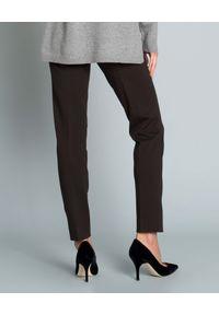 SEDUCTIVE - Brązowe spodnie w kant. Kolor: brązowy. Materiał: guma. Styl: elegancki