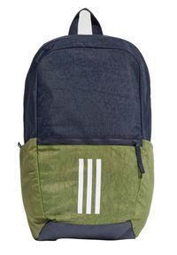 Oliwkowy plecak Adidas