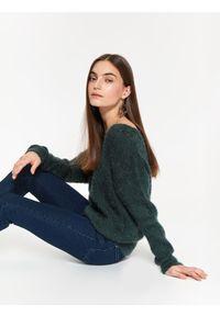 Zielony sweter TOP SECRET na co dzień, w kolorowe wzory, casualowy