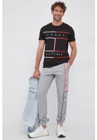 TOMMY HILFIGER - Tommy Hilfiger - T-shirt bawełniany. Okazja: na co dzień. Kolor: czarny. Materiał: bawełna. Styl: casual