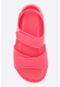 Różowe sandały adidas Performance na obcasie, na rzepy
