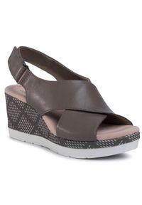 Zielone sandały Clarks