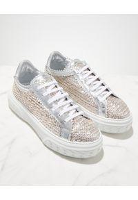 Casadei - CASADEI - Błyszczące sneakersy Off Road. Okazja: na co dzień. Kolor: biały. Materiał: tkanina, guma