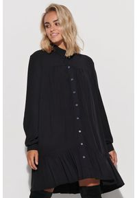 Czarna sukienka Makadamia koszulowa