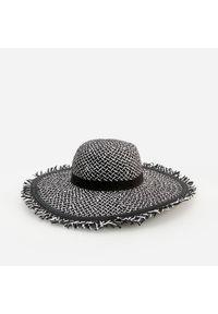 Czarny kapelusz Reserved