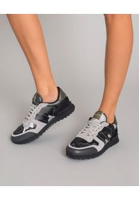 Szare sneakersy VALENTINO z aplikacjami