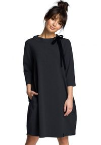 BE - Wygodna sukienka oversize z kieszeniami wiązanie grafitowa. Okazja: na co dzień. Kolor: szary. Typ sukienki: oversize. Styl: casual